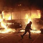 Погромы и убийства  на Украине инициируют американцы