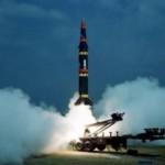 России следует не вступать в гонку вооружений, а научиться мыслить системно