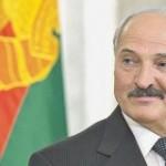 Политика президента Белоруссии - и нашим, и вашим