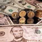 Запад объявил России валютную войну