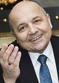 Интересными союзниками обзавелась новая власть на Украине. Один из них — Виктор Резун, бывший советский военный разведчик из ГРУ, перебежавший к англичанам ещё в 70-ые годы.