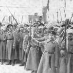 Почему армия в 1917 году поддержала   большевиков