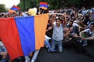 Armeniya-protesty-2